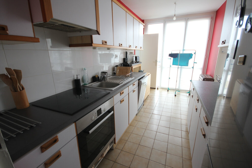 Appartement à louer 3 72m2 à Sainte-Adresse vignette-3