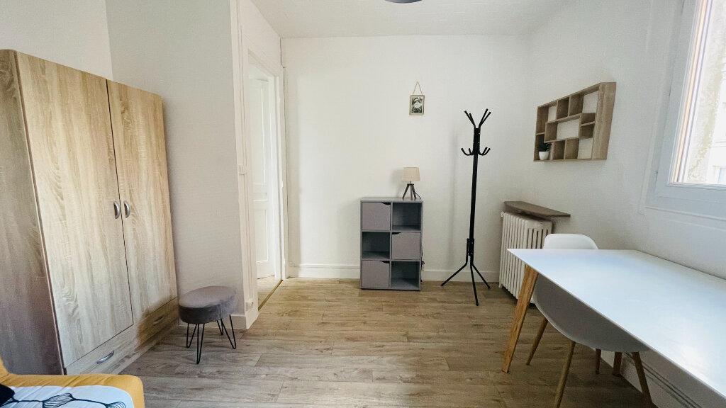 Appartement à louer 1 23.28m2 à Le Havre vignette-1