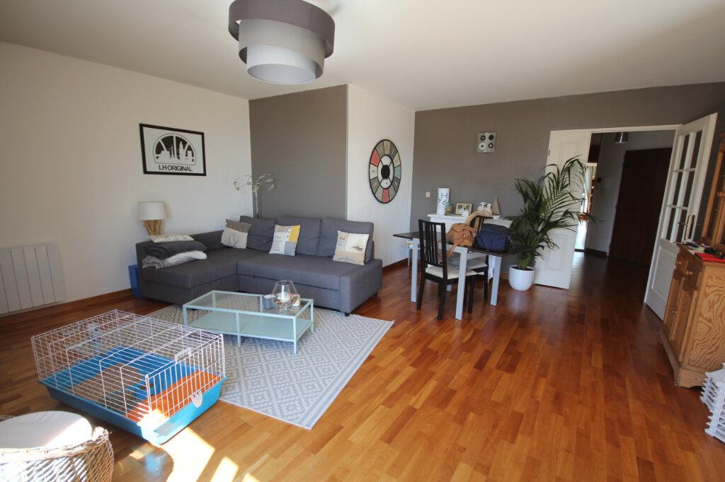 Appartement à louer 4 94.45m2 à Le Havre vignette-3