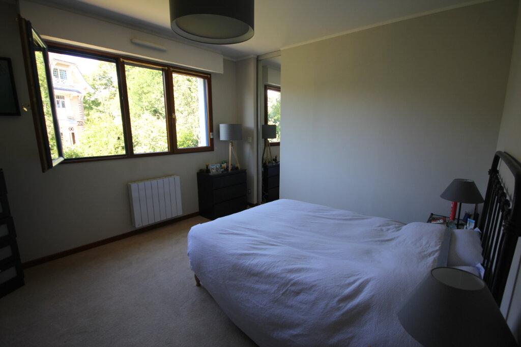 Appartement à louer 4 94.45m2 à Le Havre vignette-4