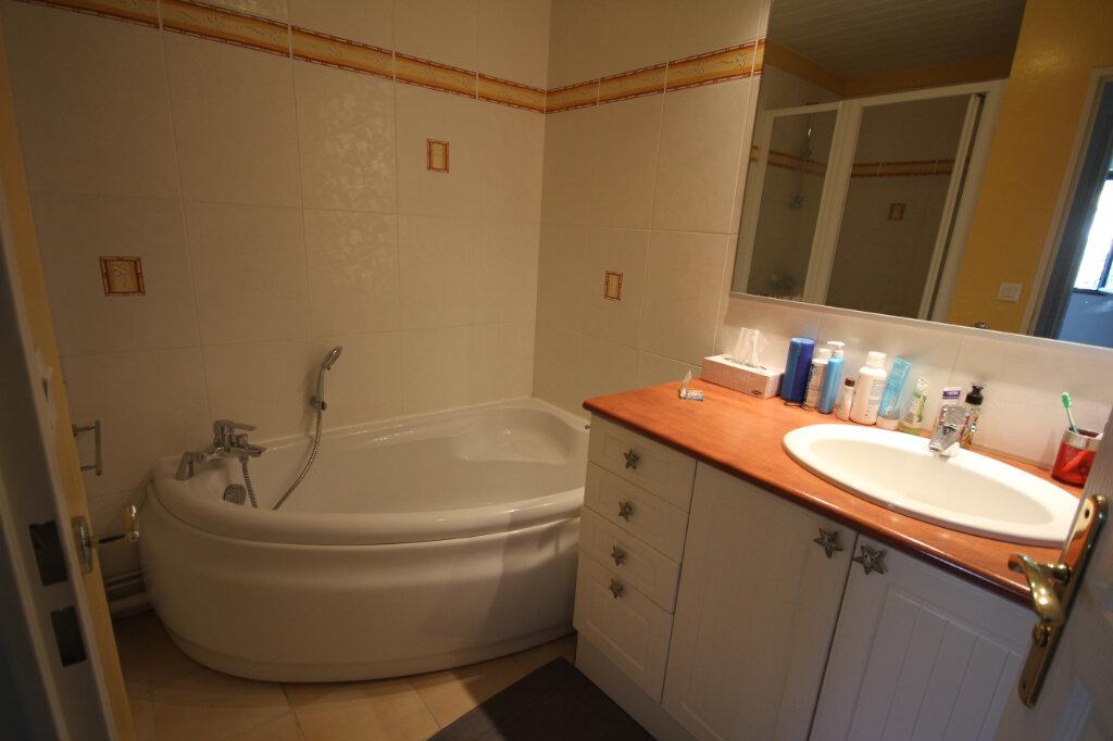 Appartement à louer 4 94.45m2 à Le Havre vignette-6