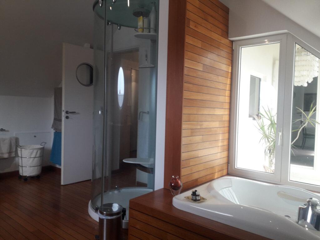 Maison à vendre 6 145m2 à Octeville-sur-Mer vignette-5