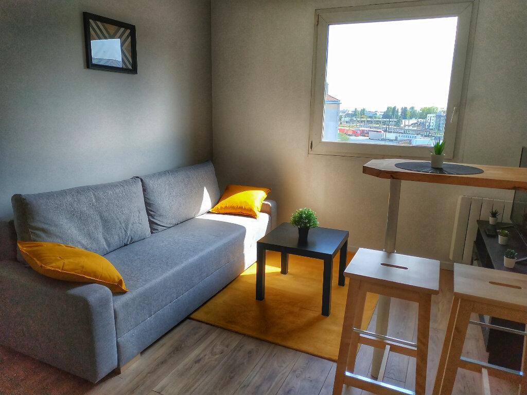 Appartement à louer 1 13.6m2 à Le Havre vignette-2