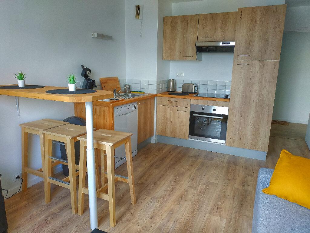 Appartement à louer 1 13.6m2 à Le Havre vignette-4