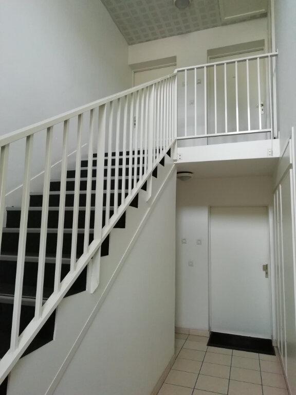Appartement à louer 2 46.92m2 à Montivilliers vignette-6