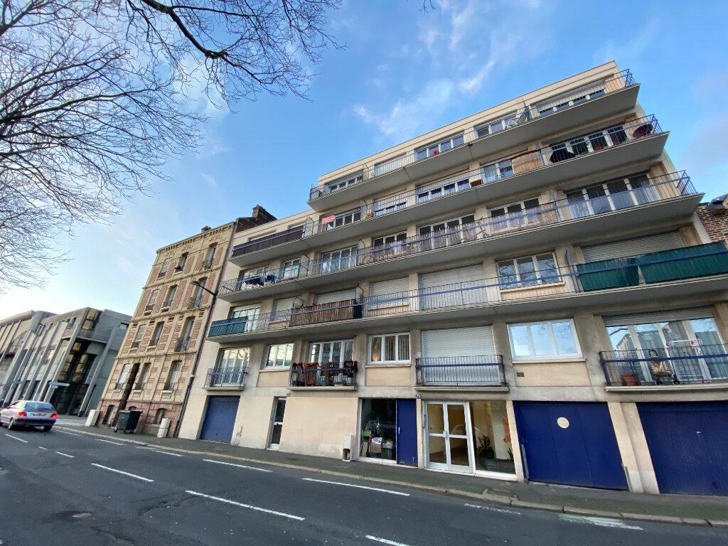 Appartement à louer 2 59.43m2 à Le Havre vignette-1