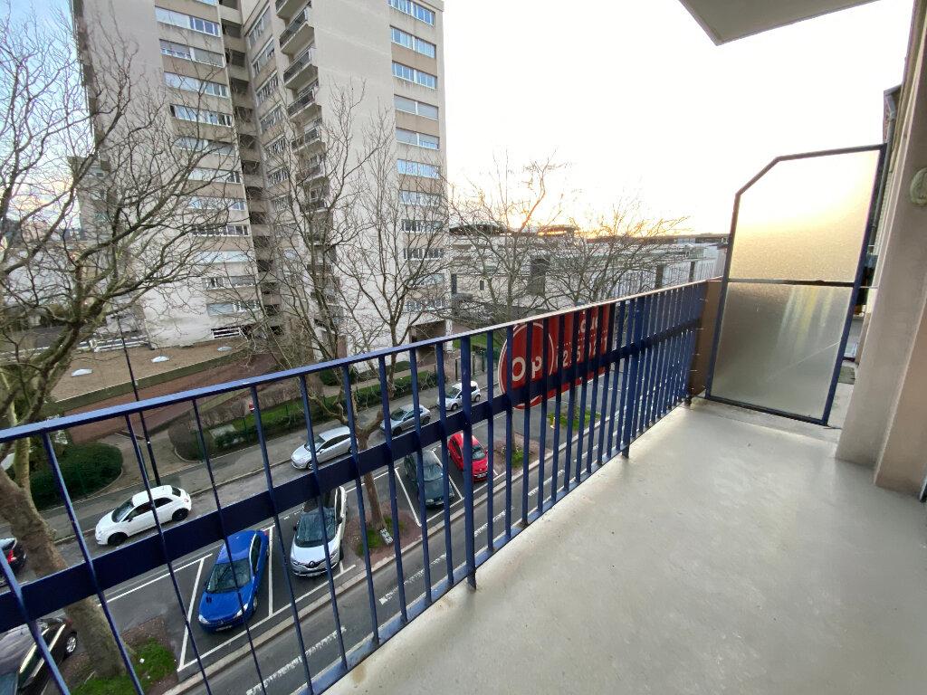 Appartement à louer 2 59.43m2 à Le Havre vignette-3