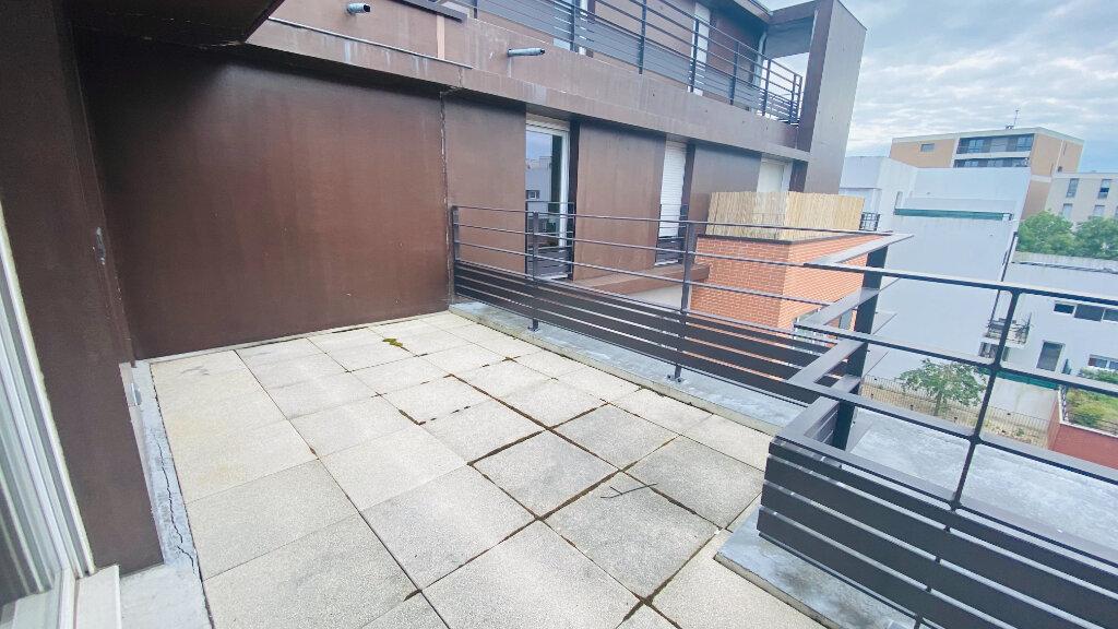 Appartement à louer 4 91.5m2 à Le Havre vignette-2