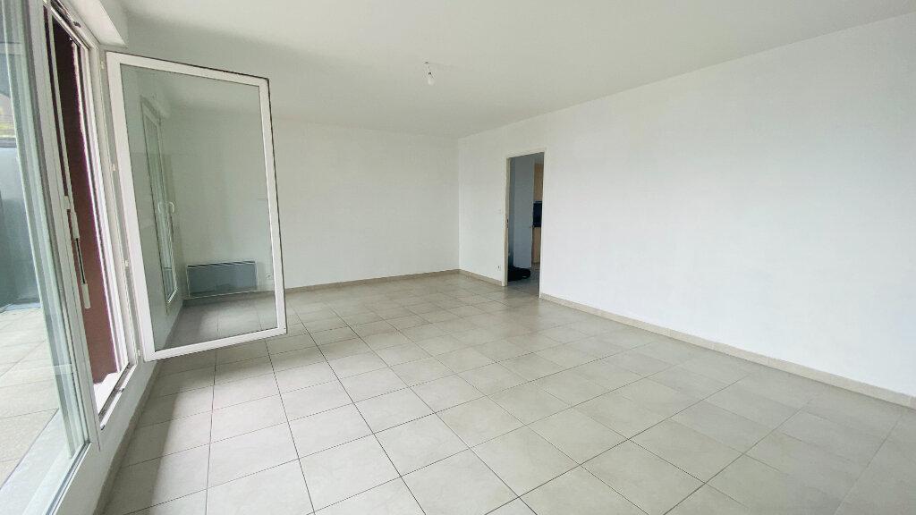 Appartement à louer 4 91.5m2 à Le Havre vignette-4