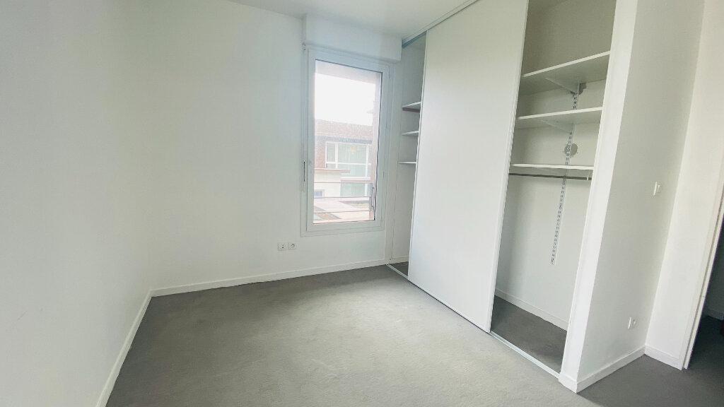 Appartement à louer 4 91.5m2 à Le Havre vignette-5