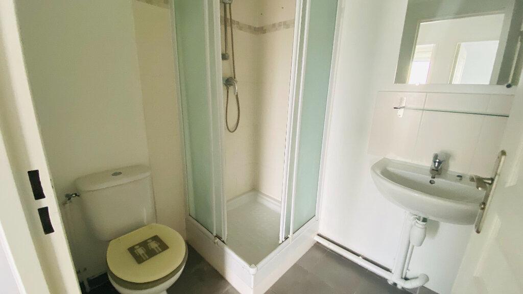 Appartement à louer 4 91.5m2 à Le Havre vignette-9
