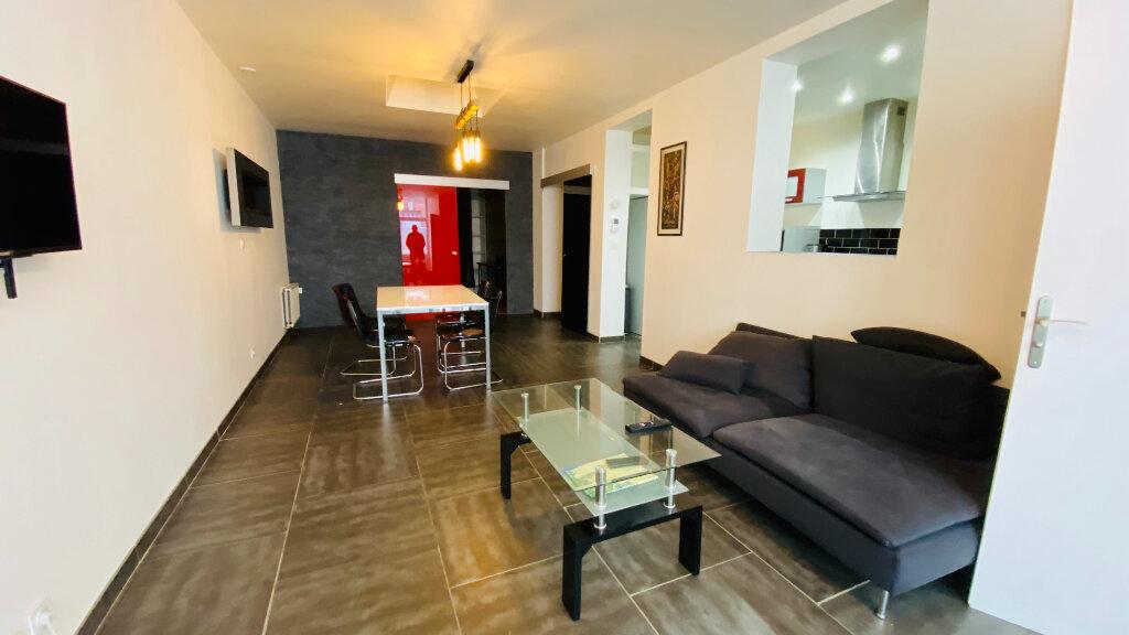 Appartement à louer 3 78.09m2 à Le Havre vignette-7