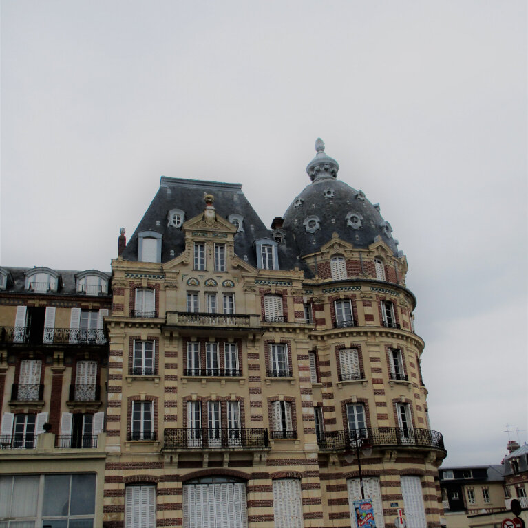 Appartement à vendre 3 56m2 à Houlgate vignette-2