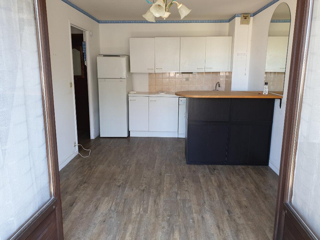 Appartement à vendre 2 25m2 à Villers-sur-Mer vignette-2