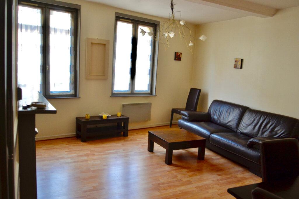 Appartement à louer 3 48m2 à Honfleur vignette-2