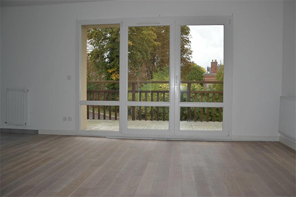 Appartement à louer 2 47.25m2 à Honfleur vignette-2