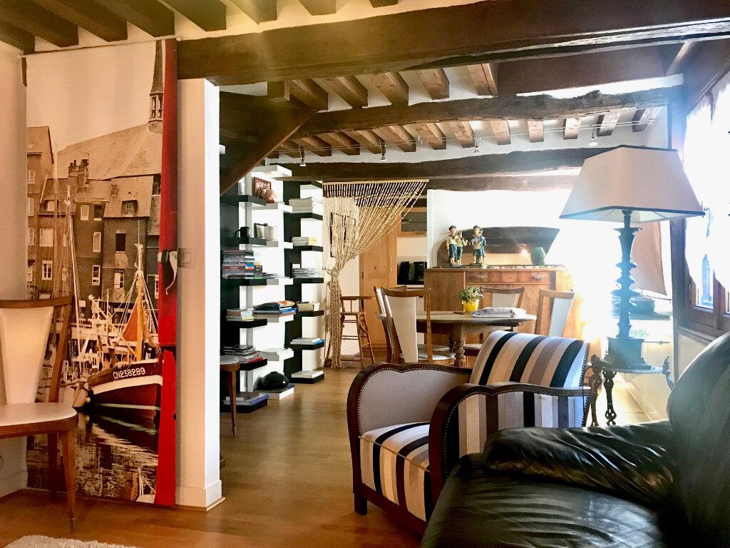 Appartement à louer 3 59.4m2 à Honfleur vignette-1
