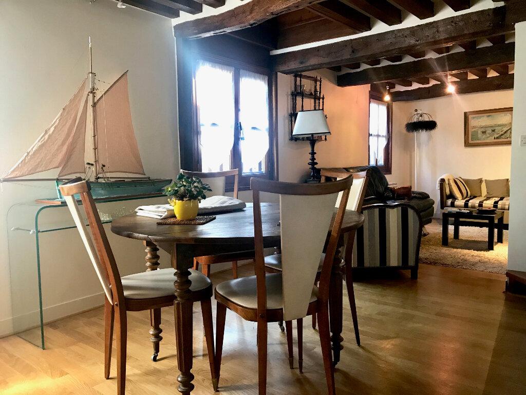 Appartement à louer 3 59.4m2 à Honfleur vignette-5