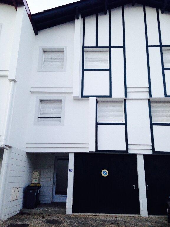Appartement à louer 4 90m2 à Ustaritz vignette-1