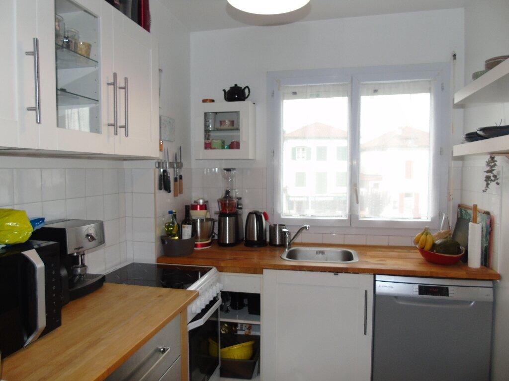 Appartement à louer 4 90m2 à Ustaritz vignette-4
