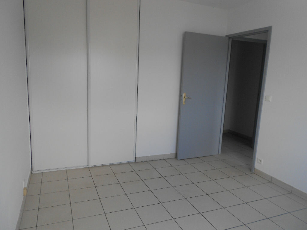 Appartement à louer 4 90m2 à Ustaritz vignette-5