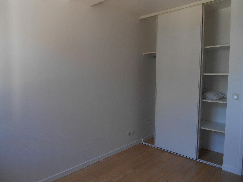 Appartement à louer 2 35m2 à Cambo-les-Bains vignette-5