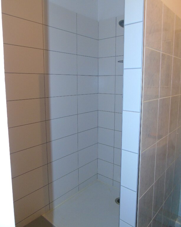 Appartement à louer 2 35m2 à Cambo-les-Bains vignette-6