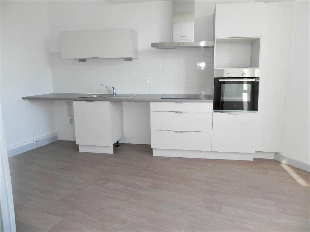 Appartement à louer 2 57m2 à Espelette vignette-2