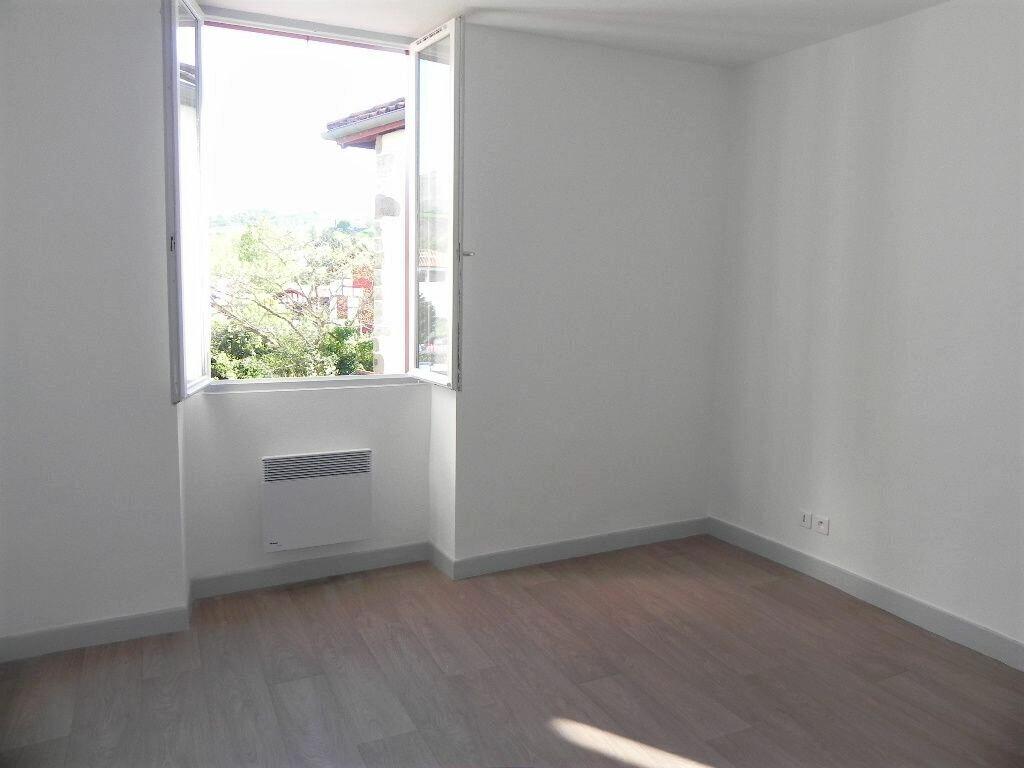 Appartement à louer 2 57m2 à Espelette vignette-3
