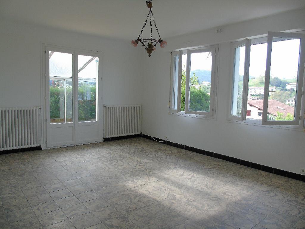 Appartement à louer 4 98.41m2 à Hasparren vignette-2