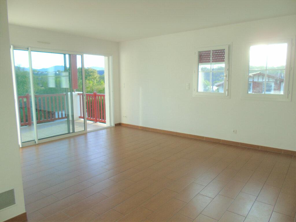 Appartement à louer 3 70m2 à Halsou vignette-4