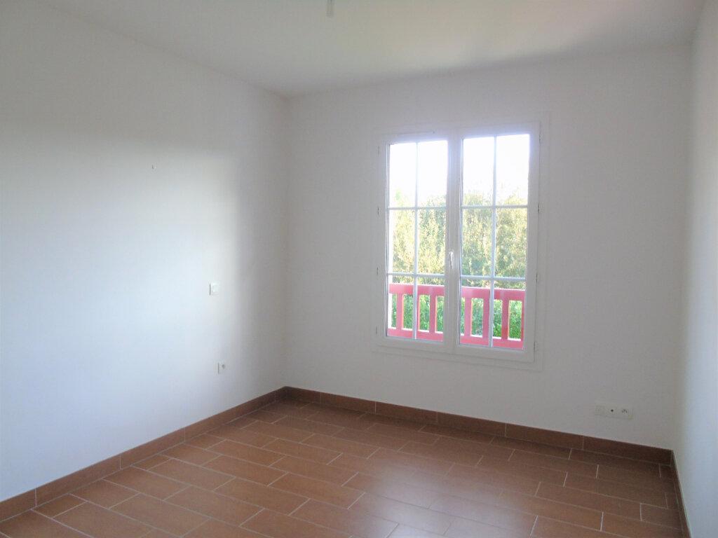 Appartement à louer 3 70m2 à Halsou vignette-6