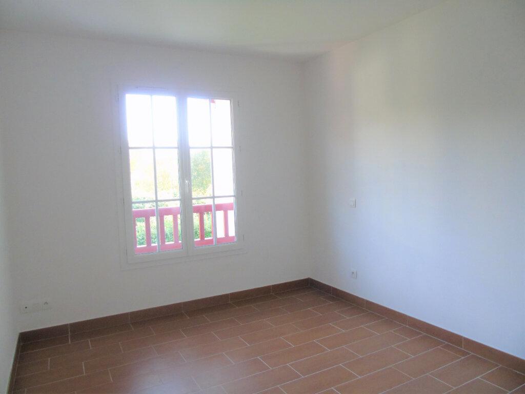 Appartement à louer 3 70m2 à Halsou vignette-7