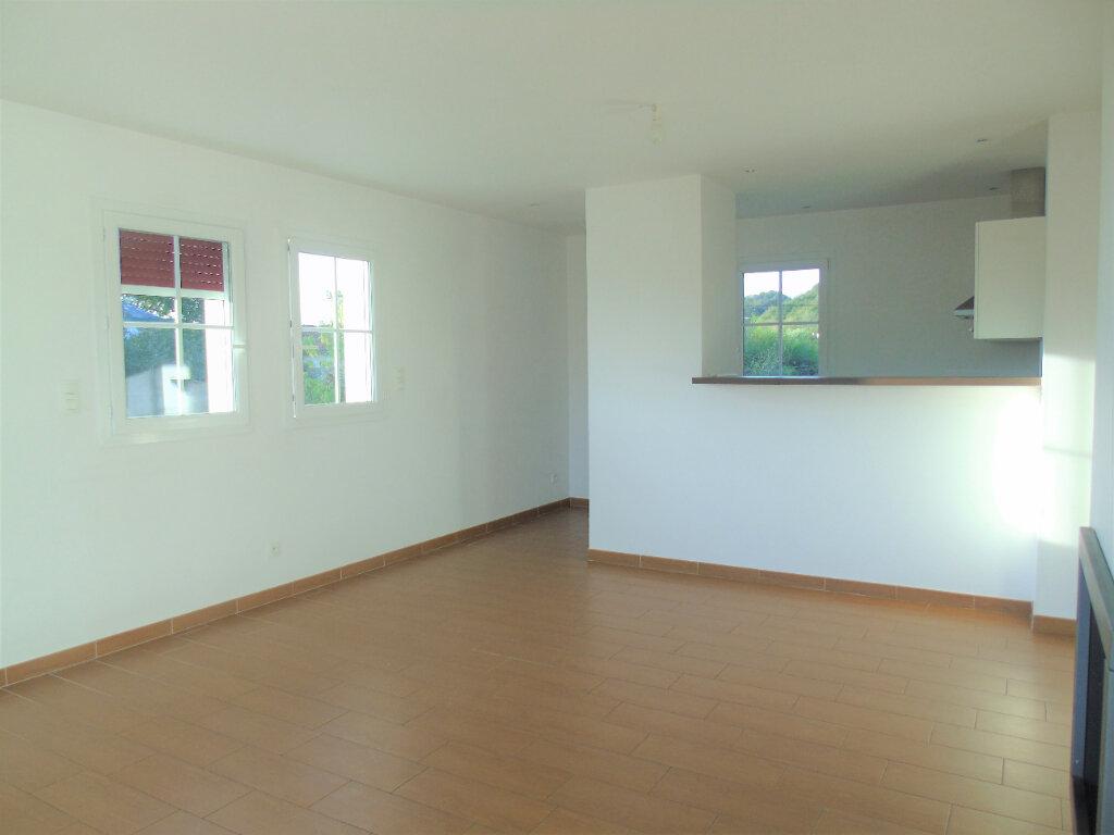 Appartement à louer 3 70m2 à Halsou vignette-11