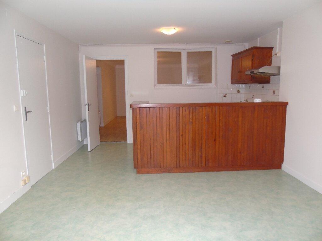 Appartement à louer 1 56.49m2 à Hasparren vignette-1