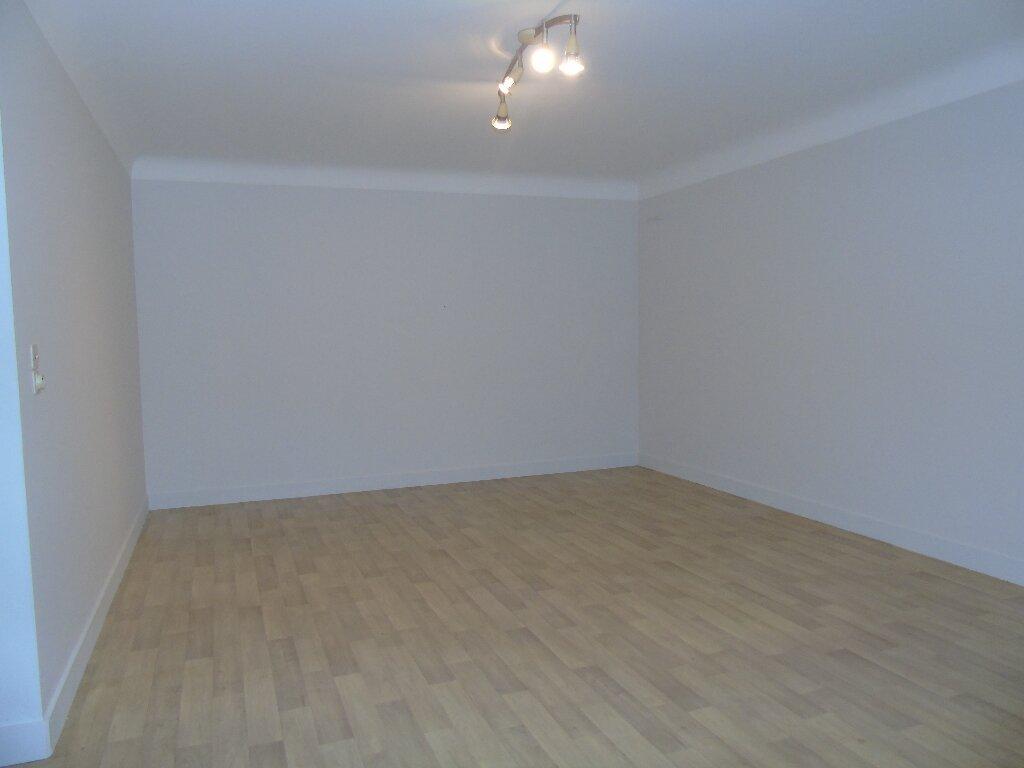 Appartement à louer 1 56.49m2 à Hasparren vignette-5