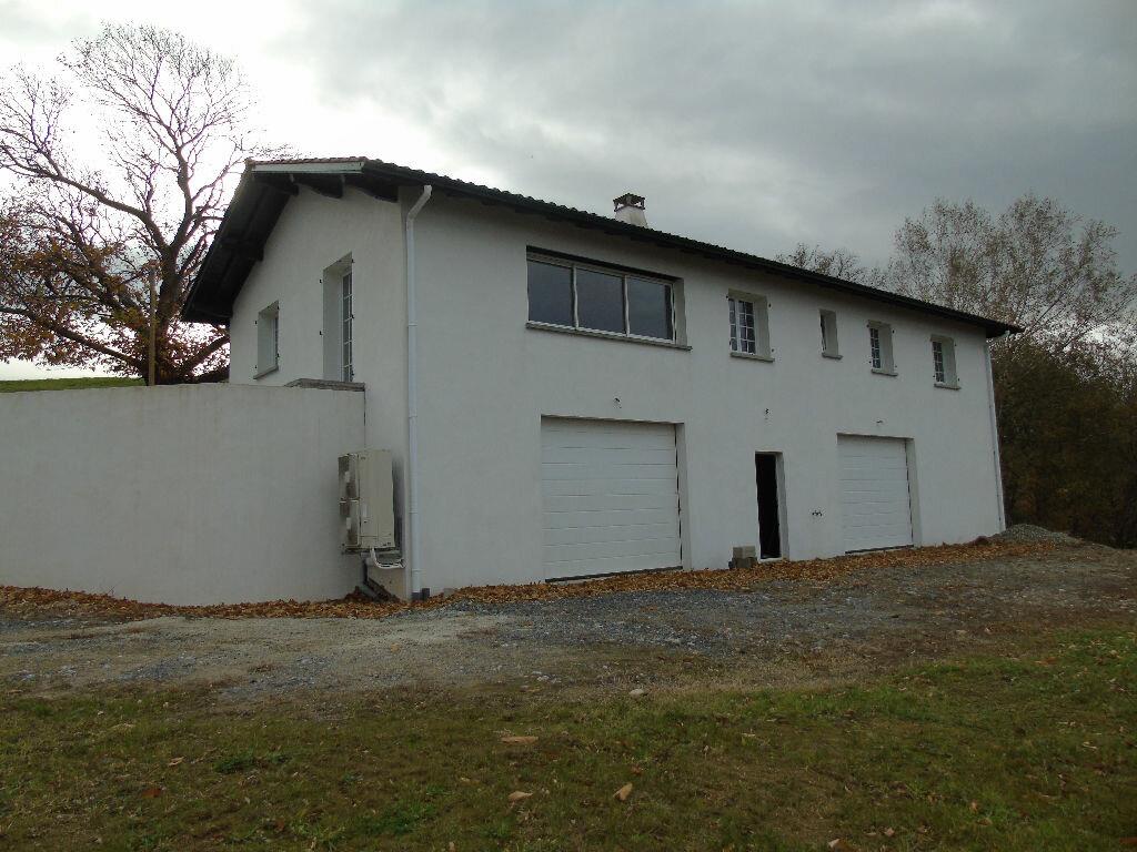 Maison à louer 4 140.52m2 à Mendionde vignette-2