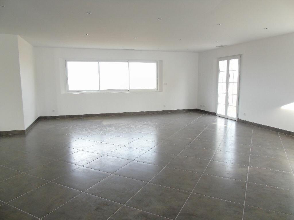 Maison à louer 4 140.52m2 à Mendionde vignette-4