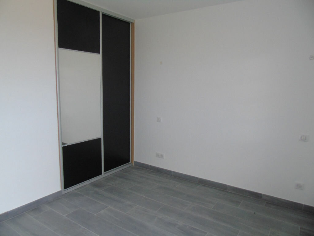 Maison à louer 4 140.52m2 à Mendionde vignette-8