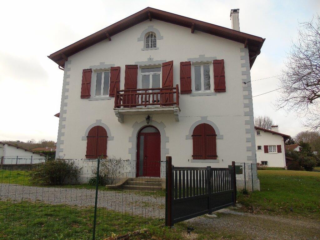 Maison à louer 4 101.14m2 à Ustaritz vignette-13