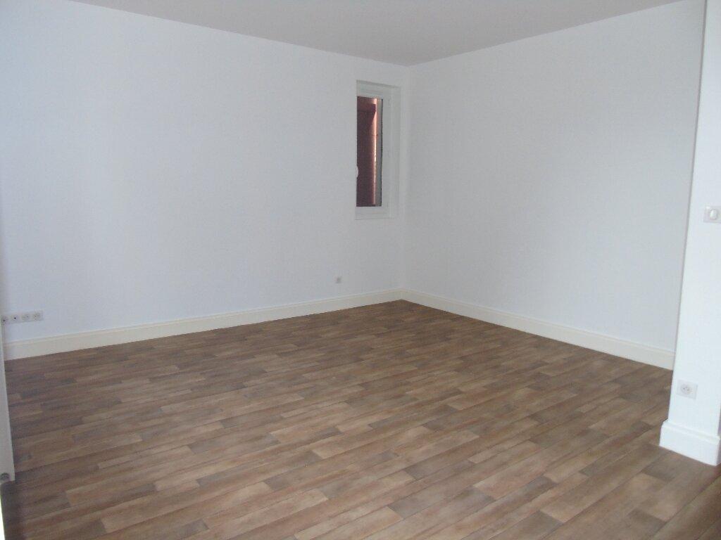 Maison à louer 4 101.14m2 à Ustaritz vignette-14