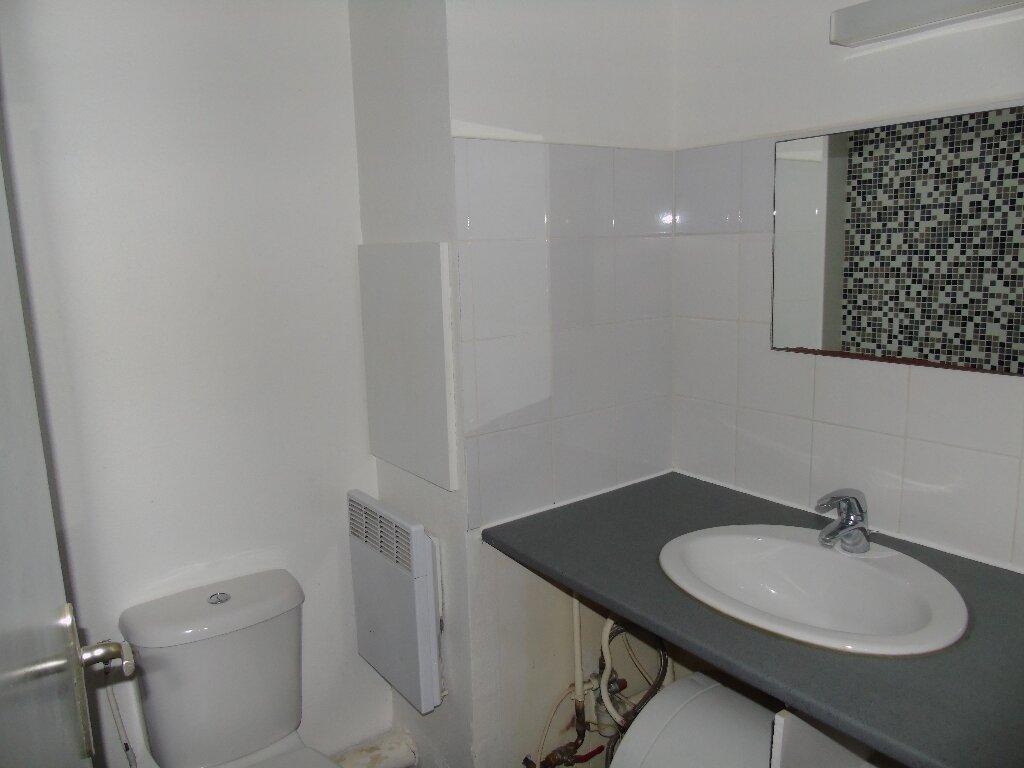 Appartement à louer 1 19.97m2 à Cambo-les-Bains vignette-5