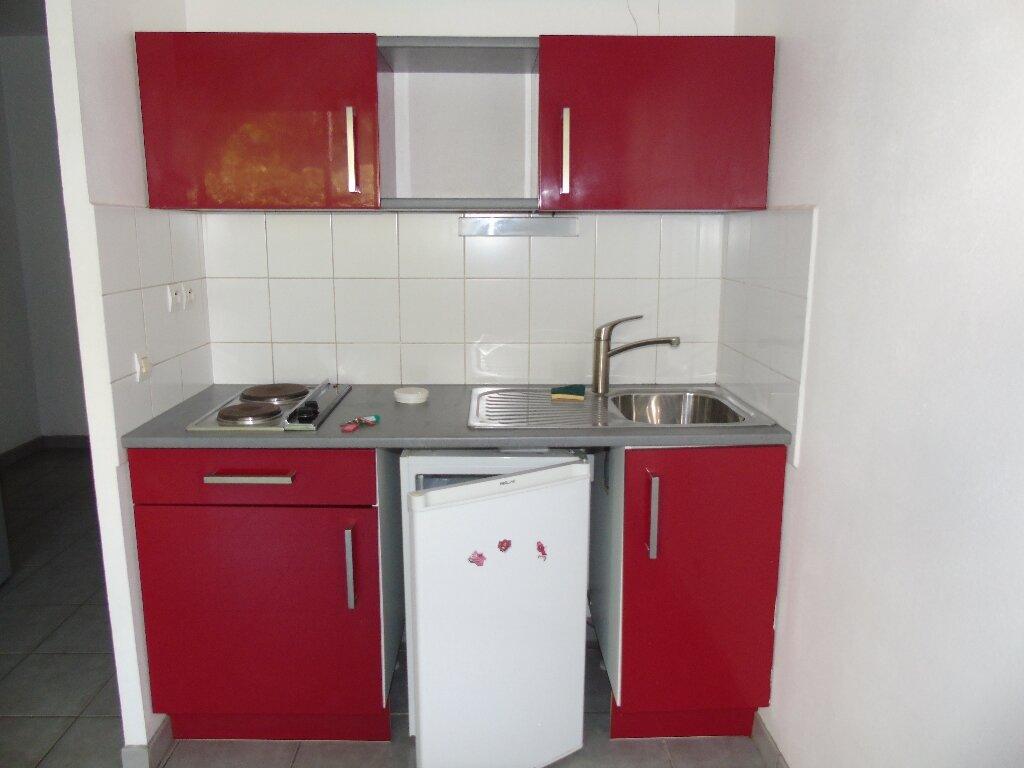 Appartement à louer 1 19.97m2 à Cambo-les-Bains vignette-7
