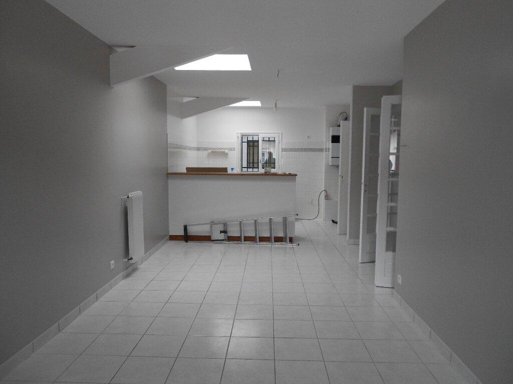 Appartement à louer 3 76m2 à Ainhoa vignette-2