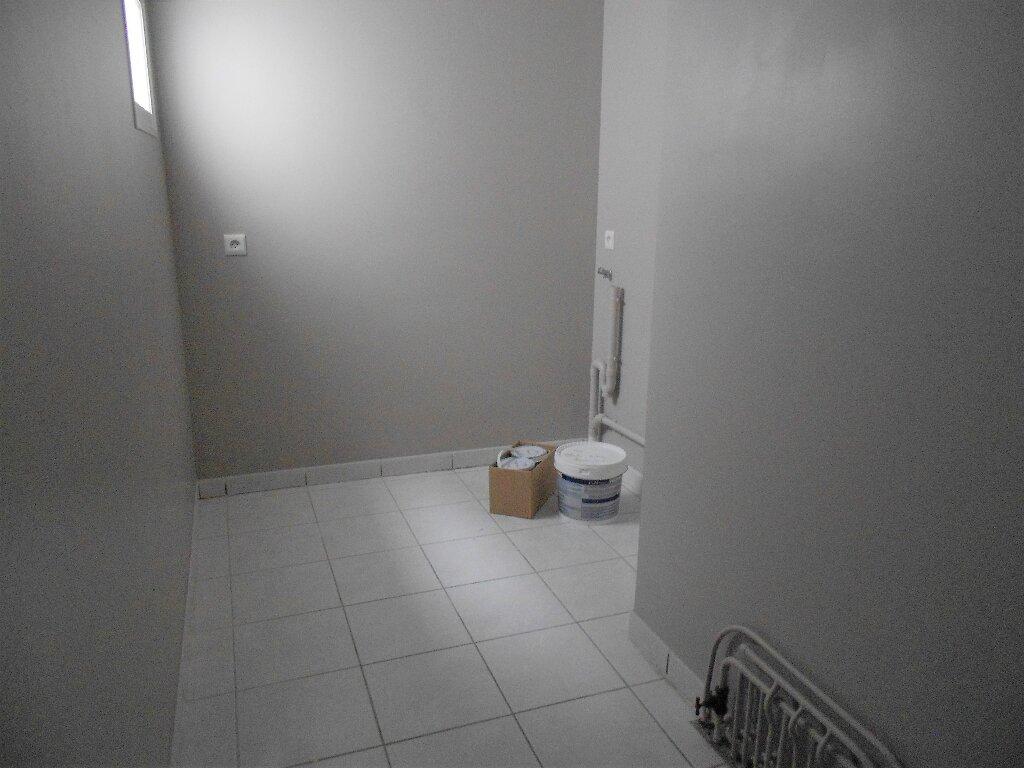 Appartement à louer 3 76m2 à Ainhoa vignette-6