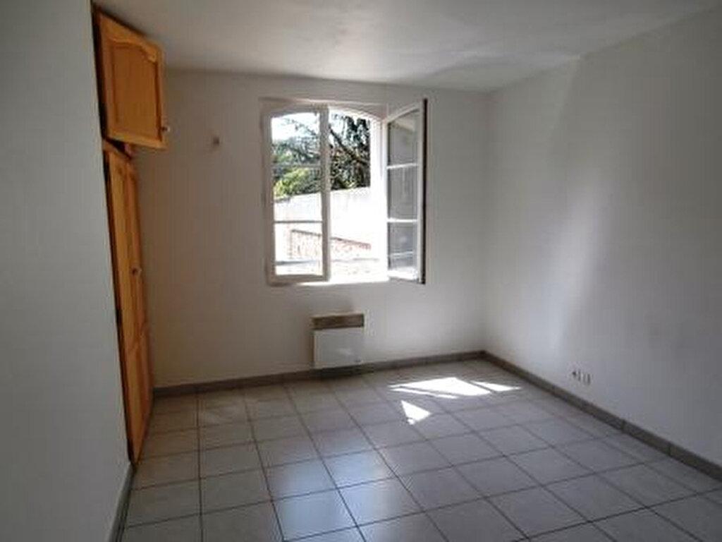 Appartement à louer 2 45m2 à Albi vignette-3