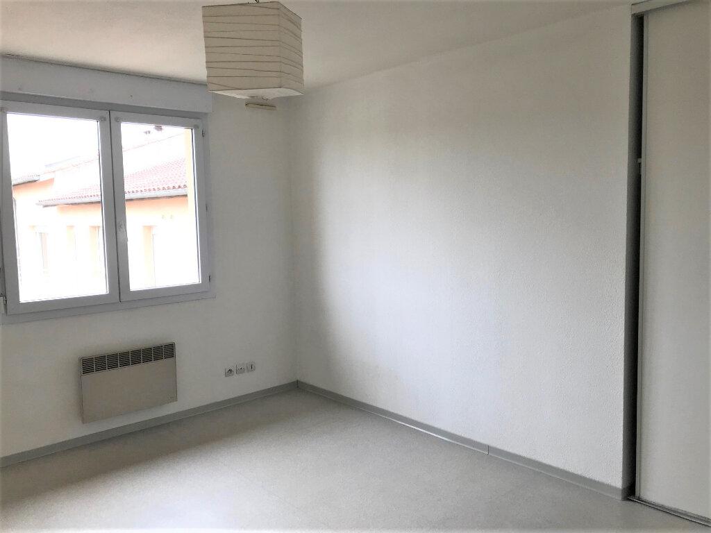 Appartement à louer 1 19m2 à Albi vignette-2