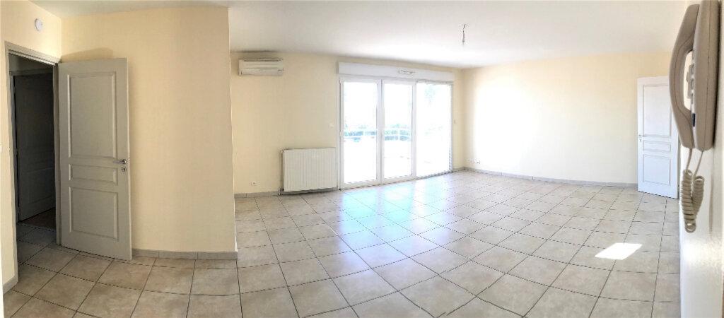 Appartement à louer 3 76m2 à Albi vignette-1