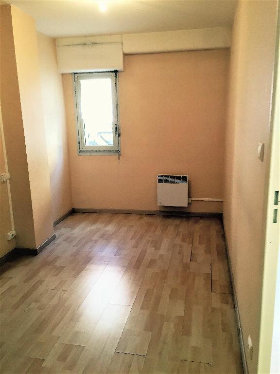 Appartement à louer 2 38m2 à Albi vignette-4