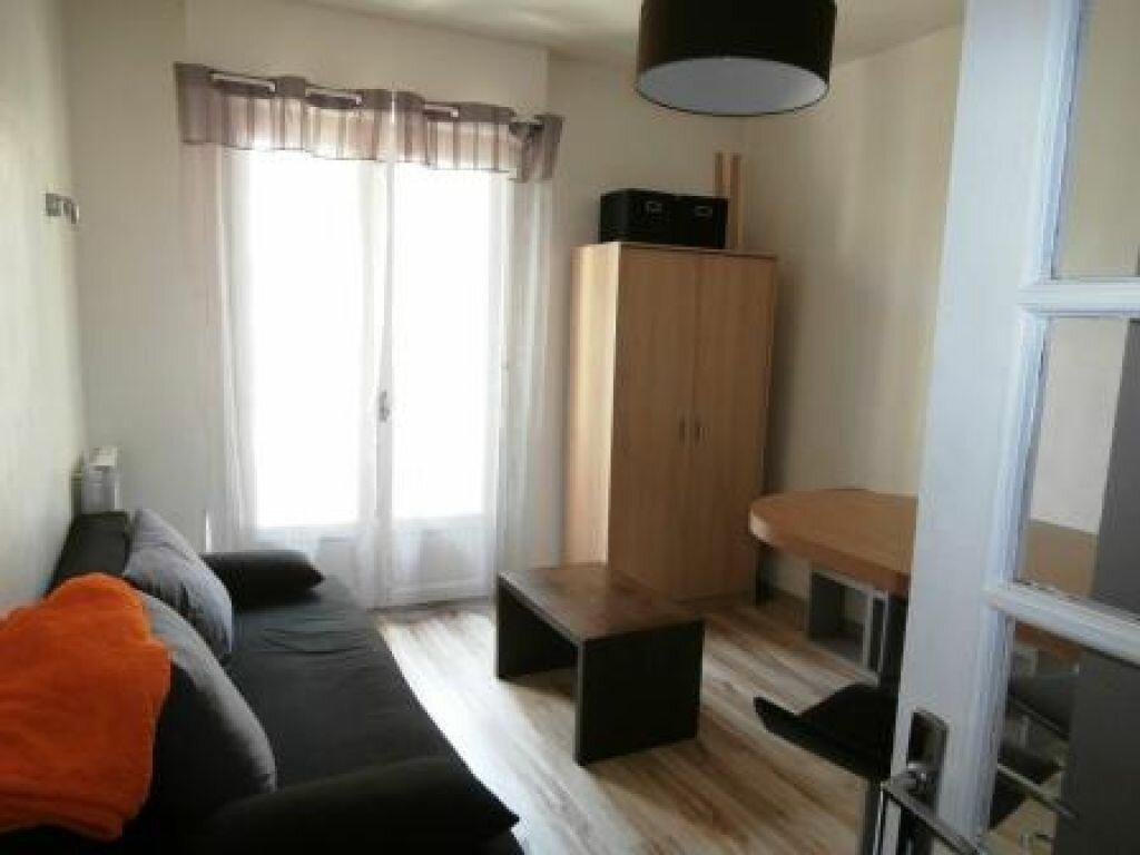 Appartement à louer 1 16m2 à Albi vignette-2